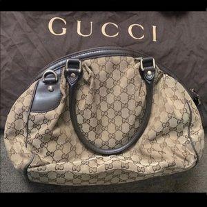 Gucci Sukey medium Handbag